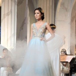[SHOW] La Rose Bridal Specialist Hadirkan Karya Era Yunani Kuno
